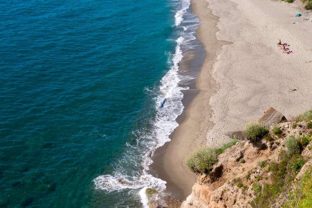 Risalente lunga spiaggia